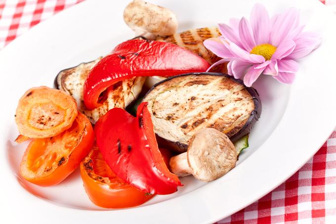 Запекти овочі в духовці