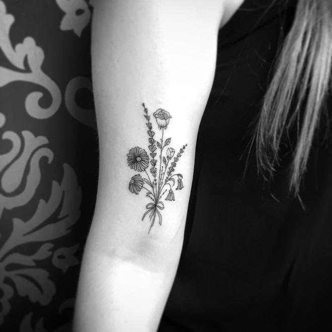 Нежные татуировки