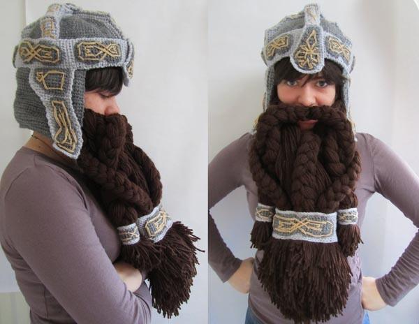 ВОТ такая шапка с бородой!