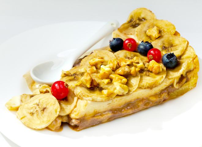 Банановий торт без випічки: дуже швидкий рецепт