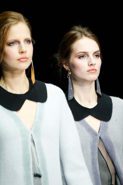 Бьюти-образ моделей с показа Giorgio Armani Осень 2015