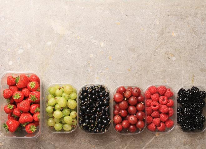 Летние фрукты: калорийность и польза