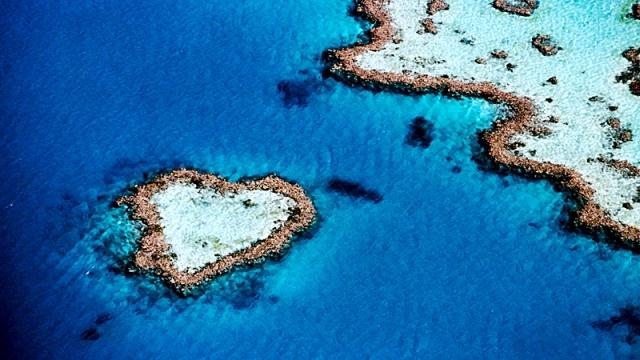 Самые романтические места планеты в виде сердца: Риф в форме сердца, Австралия, Большой барьерный риф