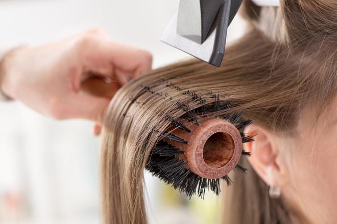 Частые ошибки при сушке волос феном