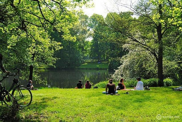 Парк імені Клари Цеткін у Лейпцігу