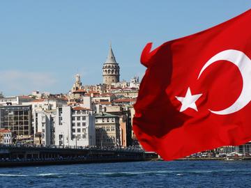 Турция продлила срок безвизового визита для граждан Украины