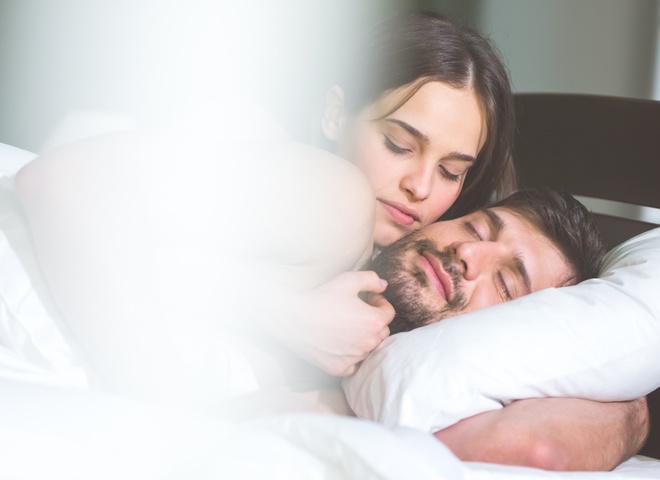 Правильні компліменти чоловікові: як зробити йому приємно