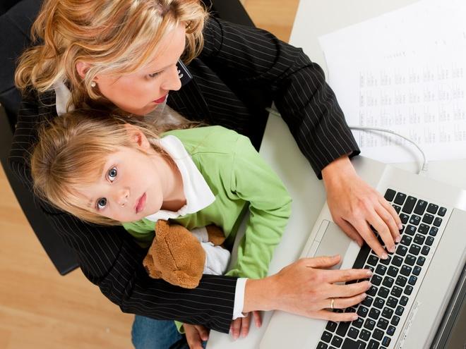 Як бізнеследі залишатися мамою
