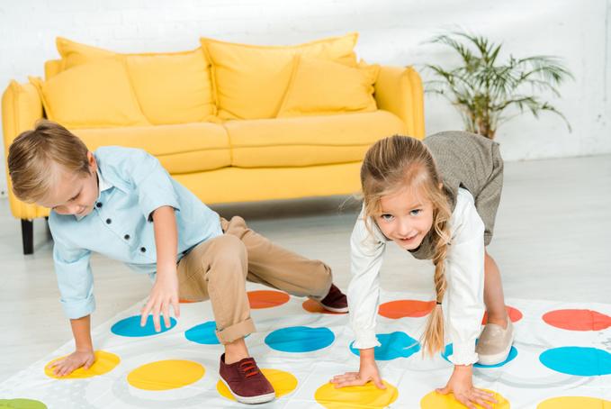 Ігри для дітей вдома