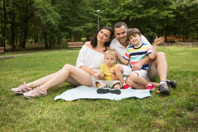 Лера Татарчук с семьей