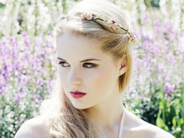 Хенд-мейд:ніжні прикраси для волосся
