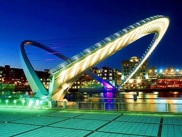 Необычные сооружения нашей планеты: Гейтсхедский мост Тысячелетия, Великобритания