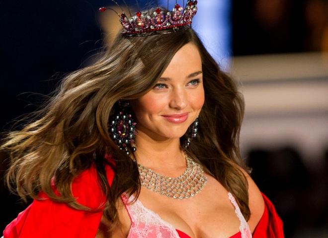 Официально: Миранда Керр не вернется в Victoria's Secret