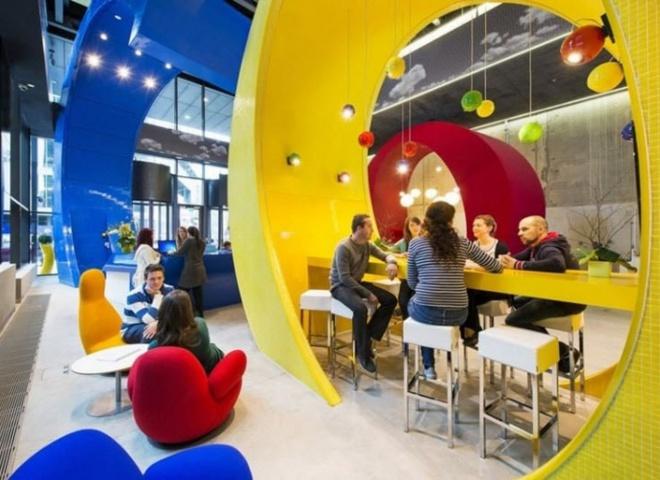Будь в курсі: український Google проводить набір на безкоштовні курси про інтернет-бізнес для жінок