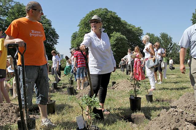 Кампания «Миллиард деревьев»
