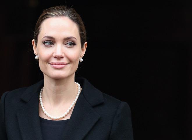 Анджелина Джоли (Cover)