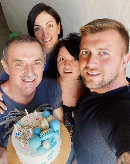 Оля Цибульська з родиною