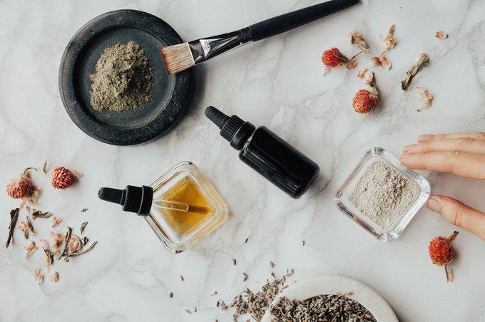 Як очистити забиті пори на обличчі: кращі поради та рекомендації