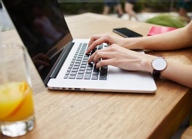 Стоит ли покупать MacBook Air 13 и MacBook Pro 13 (2017) в 2019 году?