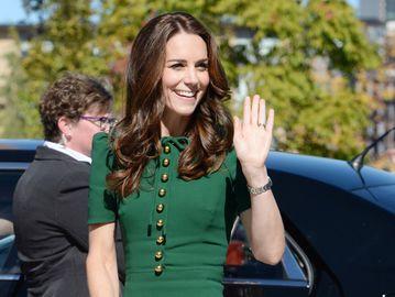 Кейт Миддлтон в Канаде: герцогиня надела платье Dolce & Gabbana