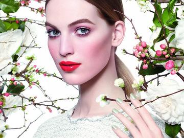 Новинки від брендів: косметика для стильних леді