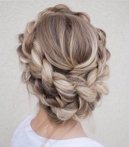 Весняні зачіски коси