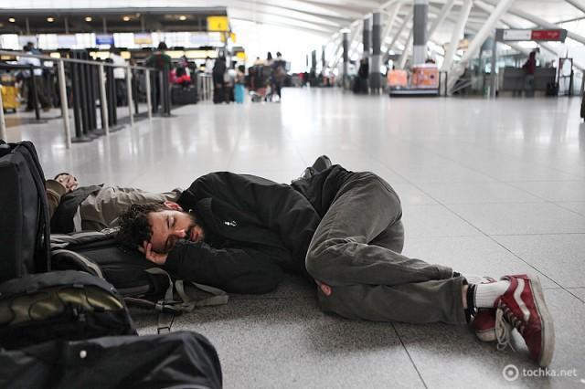 Самые страшные грехи авиакомпаний: в аеропорту 5 дней - турецкая авиакомпания  Pegasus
