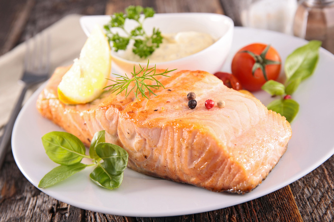Запечений лосось з базиліком