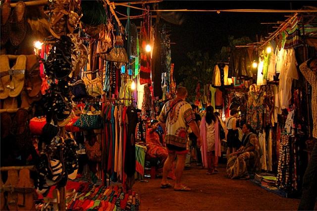 Індійські базари: ринок в Арпоре, Гоа
