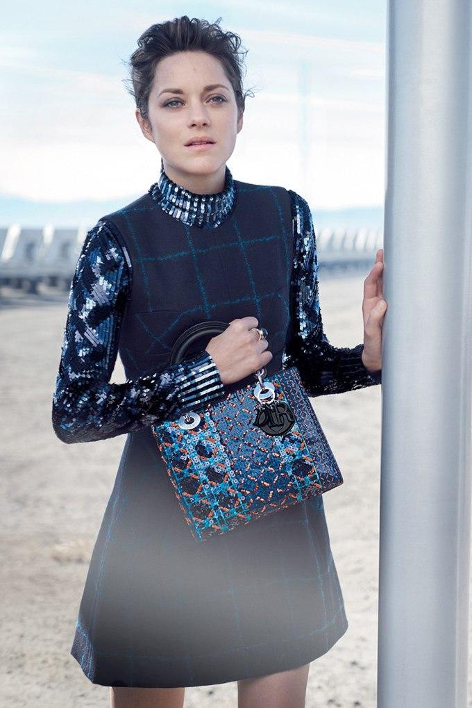 Маріон Котійяр знову стала обличчям кампанії Lady Dior