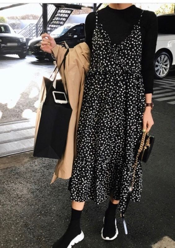 Светр з сукнею