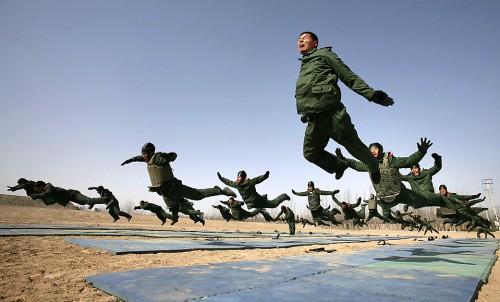 Военные учения LOL