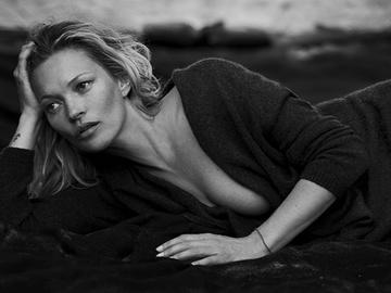 Кейт Мосс стала лицом - Naked Cashmere