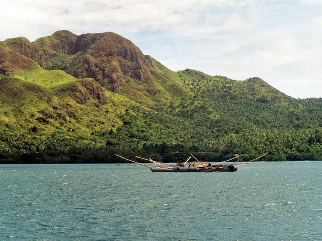 Де побачити райдужний евкаліпт. Острів Мінданао