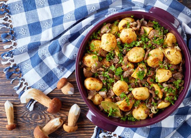 Страви з молодої картоплі: три смачних рецепта
