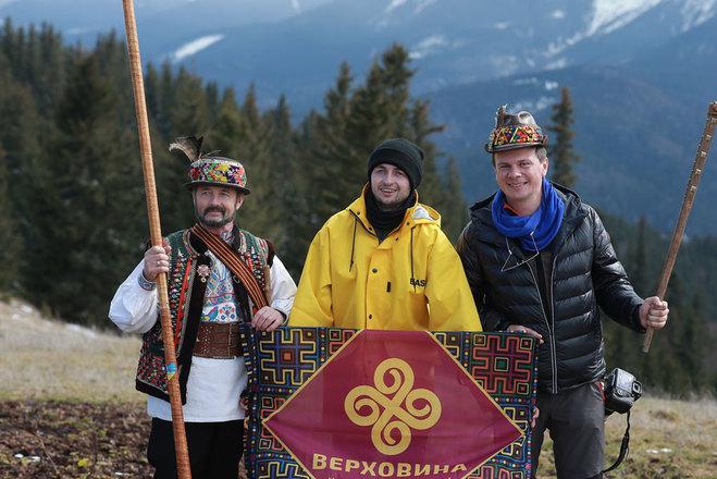 Дмитро Комаров з гідами