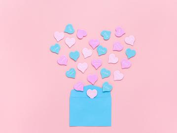 Що українці дарують на День святого Валентина