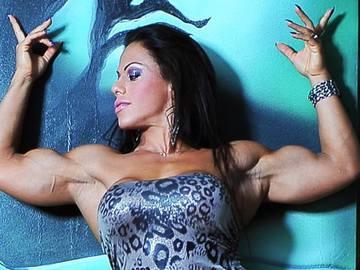 Сильный слабый пол: фото, которые мотивируют быть женственной