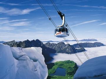 Зимовий відпочинок: ТОП-10 найбільш вражаючих гірськолижних підйомників у світі