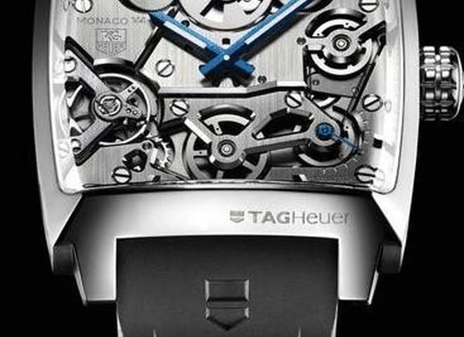 Tag Heuer выпускает часы из платины