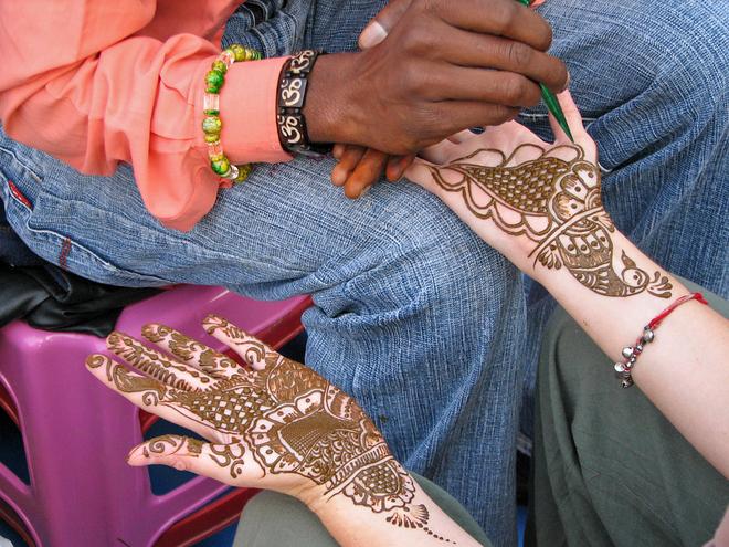 Узоры по телу Марокко, Индия