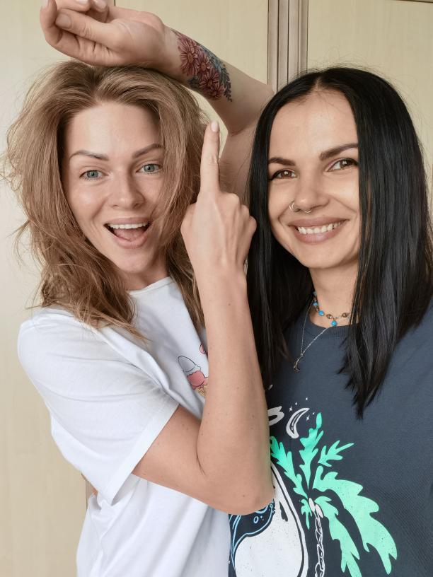 Яна Глущенко похвалилася оновленими татуюваннями — фото1