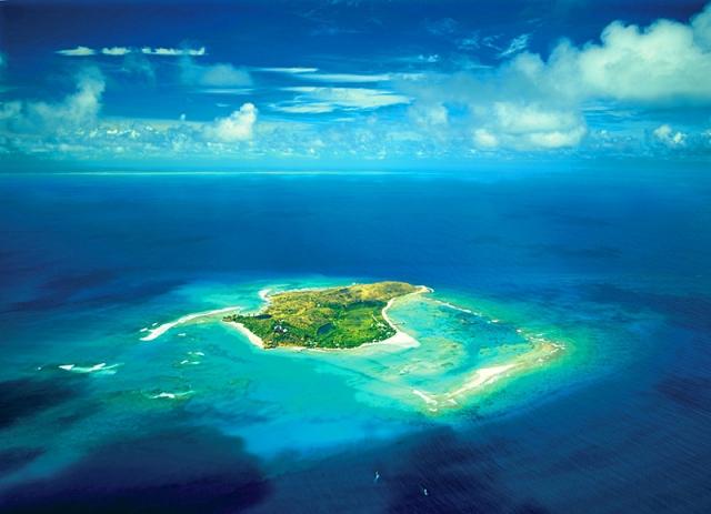 Найкращі місця для медового місяця: острів Некер