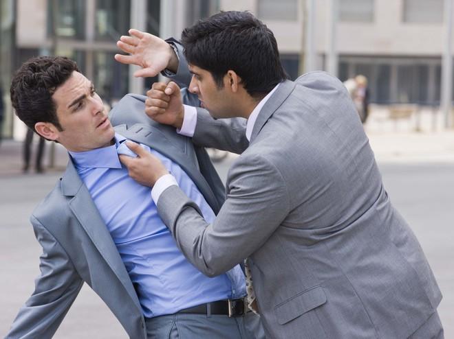 Хамство - это атака на подсознание