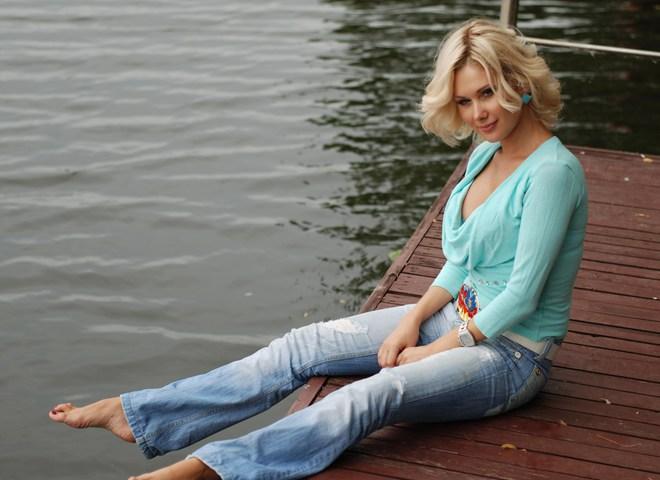 Катя Бужинская много внимание уделяет своей дочери
