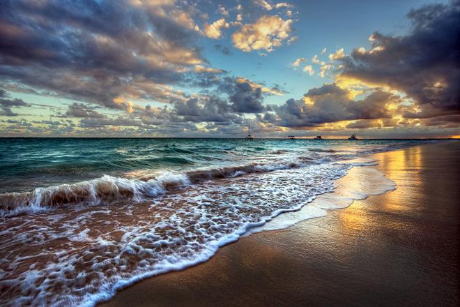Кращі пляжі з чорним піском