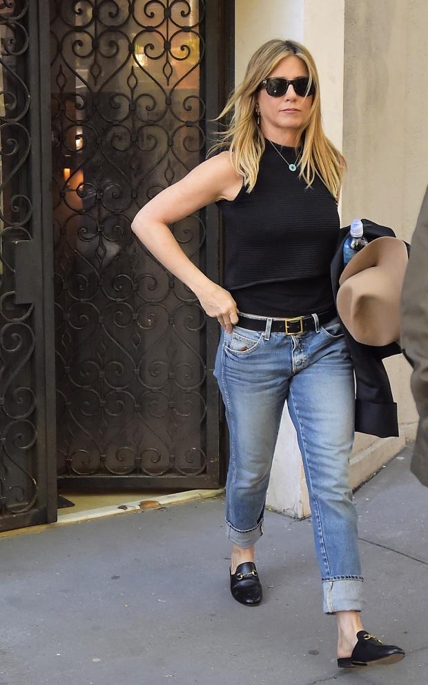 Як носити casual-стиль: урок від Дженніфер Еністон