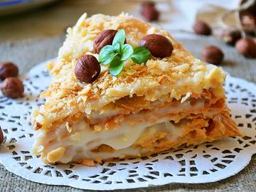 "Торт ""Наполеон"", мука пшенична, масло сливочное, вода, соль, молоко, сахар, яйцо куриное, ванилин"