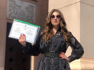 Дочь Скрябина закончила университет