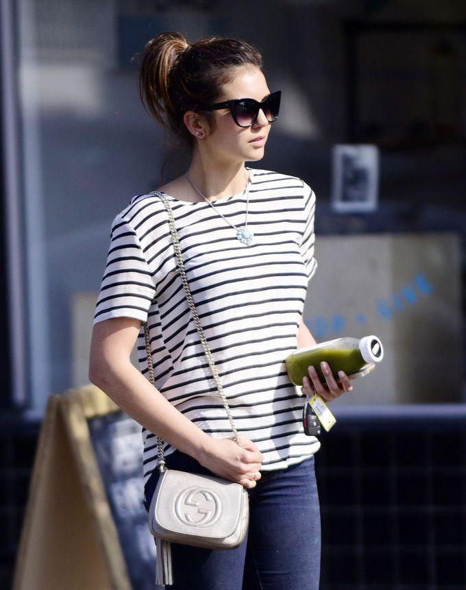 Street style: Нина Добрев в Лос-Анджелесе